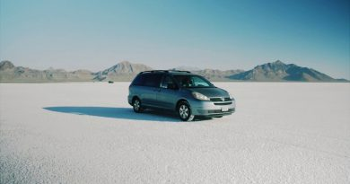 Some Guys Made a Fake Commercial for a Used 2006 Toyota Sienna